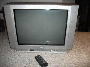 Toshiba flat screen CRT TV woth remote