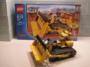 Lego City #7685 Bull Dozer