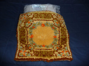 vintage Hand hooked wool pillow