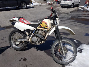 Honda XR250R Dirt Bike   $1750