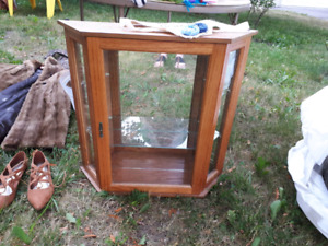 Display cabinet 2ft x 2ft