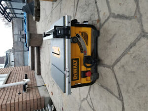 Dewalt table saw w/stand