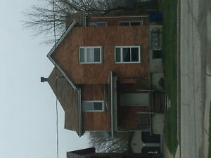 4-plex located close to down town Chatham