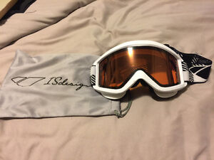 IS Design Snowboard Goggles