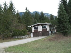 House with Acreage For Sale in Revelstoke Revelstoke British Columbia image 2