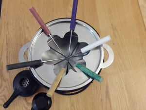 Stainless steel fondue kit