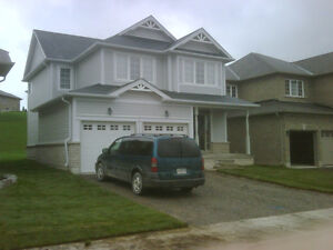 ROOM FOR RENT IN A CLEAN NEW HOME CLOSE TO TRENT UNIVERSITY!!