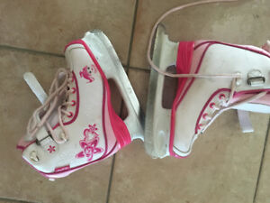 LIKE NEW !Glitter Girl Girls' Skates, Junior  SIZE 1