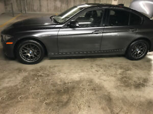 BMW 17 inch winter mags and tires / pneu