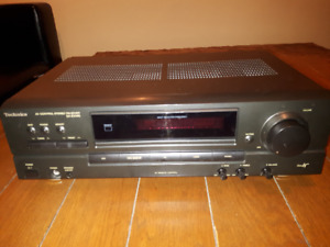 Technics SA-EX140 Stereo Receiver+Technics 5 Disc Changer SL-PD8