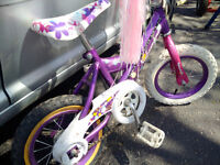 Child bycicle for girl - smallest size