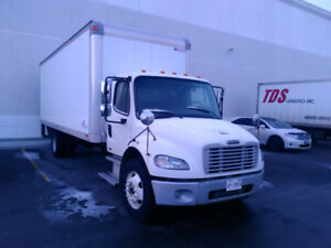 2007 Freightliner M2 24ft Box Truck With Heater And Tailgate