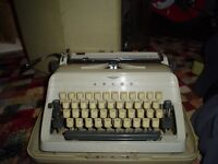 Adler Gabriele vintage portable typewriter in case