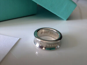 Authentic Tiffany 1837 collection sterling silver ring size 4