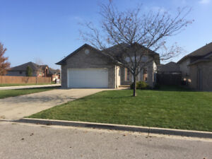 Fully furnished Executive home for lease in Rapids Parkway