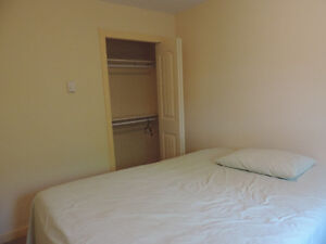 Fully furnished room available immediately in Kelowna.