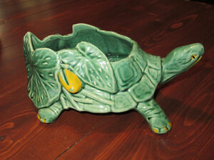 McCoy turtle pot