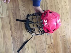 Casque hockey rouge reebook small