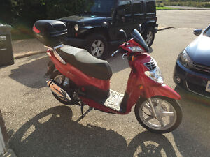 For sale 2010 SYM HD200 scooter
