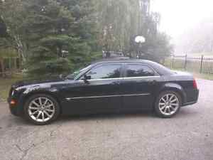 2006 300C SRT8 Trade for Roadster or Yacht London Ontario image 3