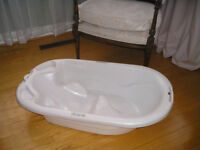 Baignoire Primo jusqu,a 2 ans / Up to 2 years baby bath