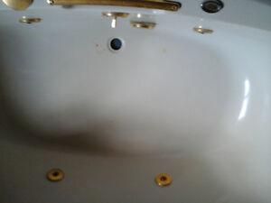 Bathtub with jets