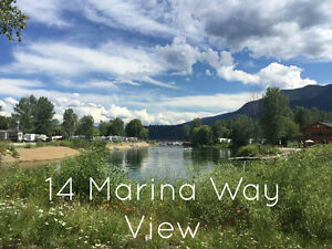 Shuswap Waterfront RV lot for sale at Cottonwood Cove Resort
