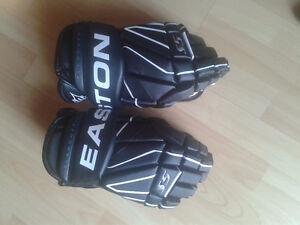 New Easton Hockey gloves