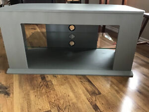 TV Stand in excellent condition. asking $50.00