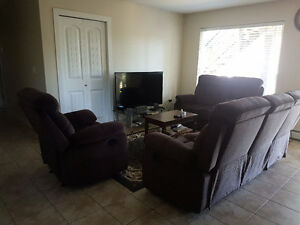 $400  Room For Rent