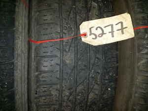 ensemble de pneu été usagé