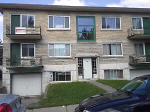4 ½ APARTMENT WITH GARAGE 5 MIN TO METRO CARTIER
