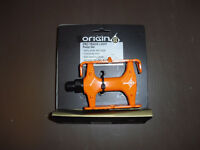 NEW Origin 8 Pro pedals with toe cages orange fixed fixie single