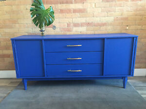 Don Credenza / Sideboard / Buffet