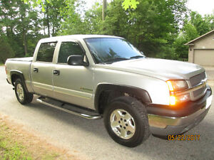 2005 Silverado 1500 4X4 Four-door Z71 5.3 VORTEC certified!!!