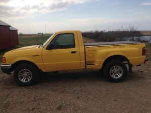 Reduced--2002 Ford Ranger Edge Pickup Truck- LOW KMS