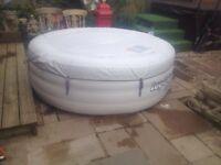 Lazy spa vegas hot tub like new used once or twice