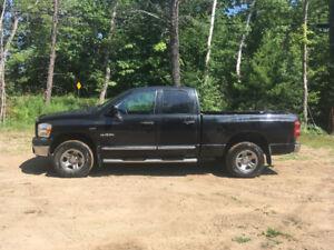 2008 dodge 1500 big horn truck