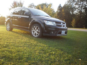 NEW PRICE! Be Ready for Winter with a 2012 Dodge Journey AWD