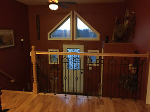 3 Rooms Availible in a Gorgeous Country Home Cornwall Ontario image 1