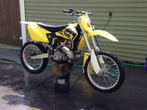 2002 Suzuki rm 250 very good shape with papers