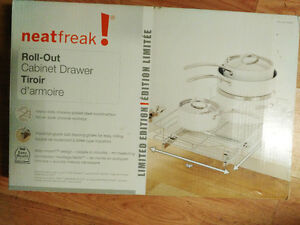 "Neatfreak roll out cabinet drawer 14"" x 21"" London Ontario image 1"
