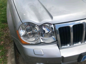 Head lights RIGHT hand drive. DS1 + HB3 Xenon for JEEP Gran cherokee.