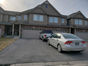 Townhouse for sale at welland