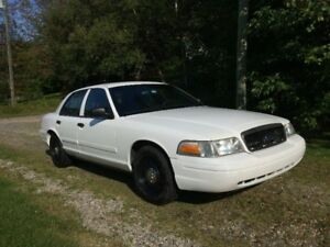 2010 Ford Crown Victoria - Police Interceptor