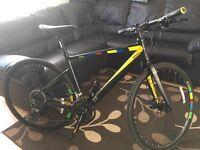 13 implicit alpha hybrid unisex bike size 19' alloy frame and forks