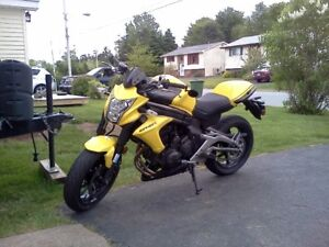 Ninja650 or ER6n wheels