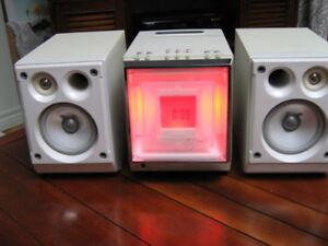 MINIDISC STEREO JVC + CD + CASSETTE + AM/FM SYSTEM