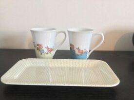 2x Floral Design Cups and 1x Spotty Design Mini Tray