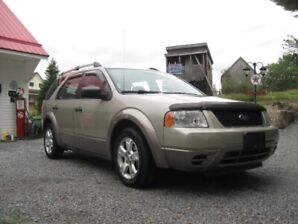 // REDUCED \\.. ( New MVI )..2005 Ford FreeStyle/ SUV,
